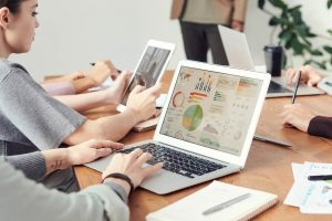 small business owners understanding financial reports